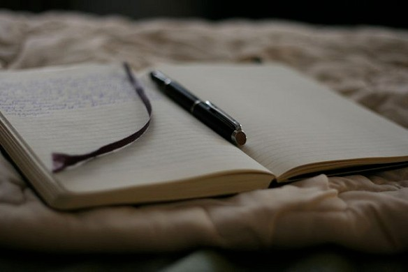 writinginbed-louveciennes-flickr